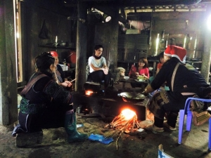 Sapa O'Chau is a social enterprise founded by a Vietnamese black Hmong woman in 2007. A black Hmong woman named Shu Ta