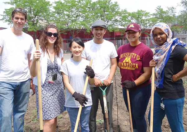 Many of CUHCC's Hmong patients have experience working in gardens, but most of the others involved in the project did no
