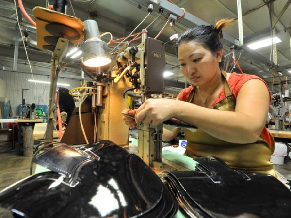Hmong-owned business L. Jay 'ahead of curve'